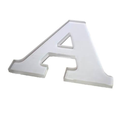 Lettre découpée Plexiglas transparent - Matériaux de découpe numérique